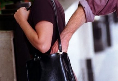 Des pickpockets écument les stations de bus